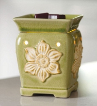 Scentsy Mid Size Warmer - Daphne